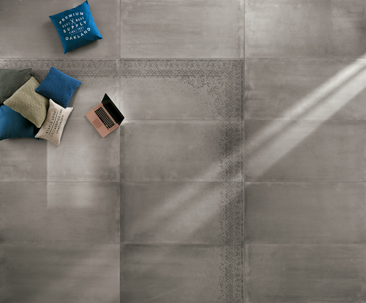Fap Frame Carpet Brillante, Fap Frame Grey